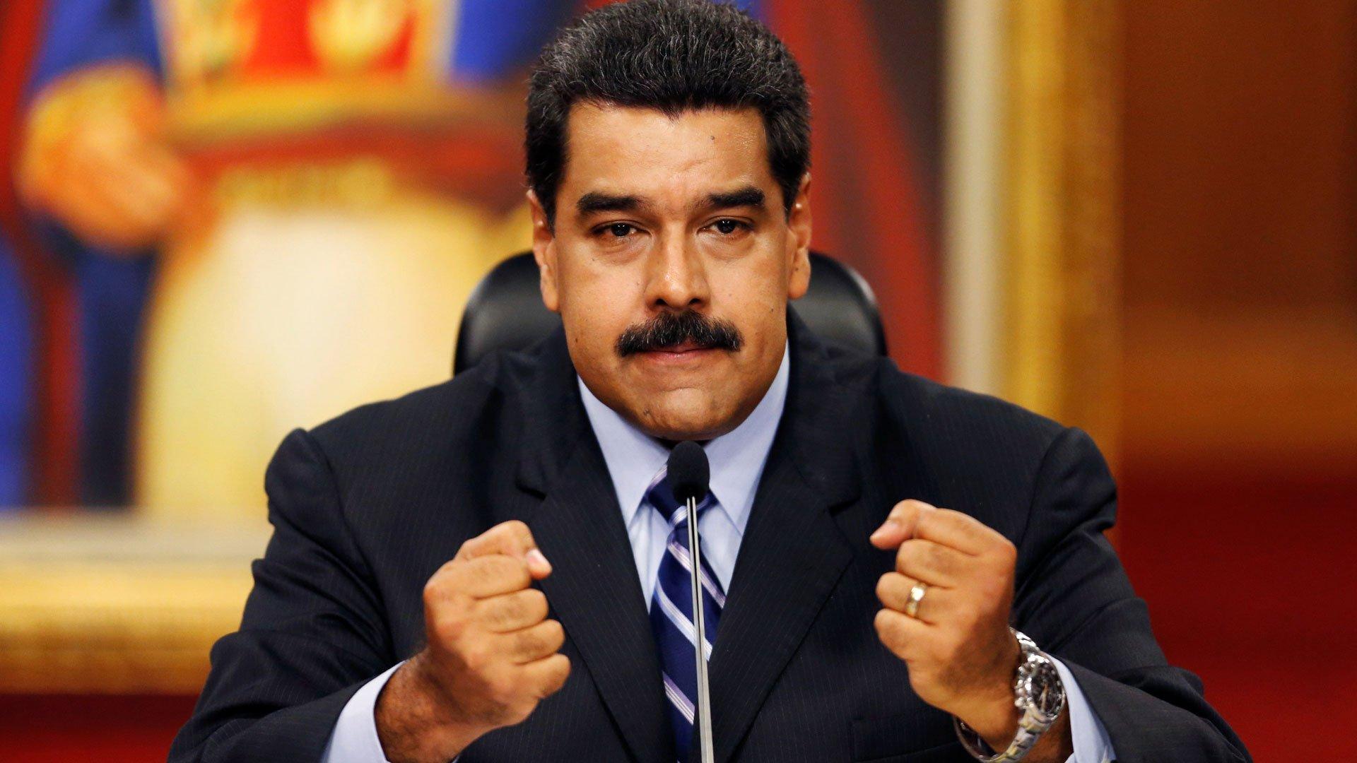 Venezuela. La última del dictador Maduro: incendiar los equipos electrónicos electorales para habilitar unos nuevos…