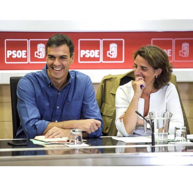 Pedro Sánchez bendijo la continuidad de Teresa Ribera en su Gabinete y la elevó a vicepresidenta