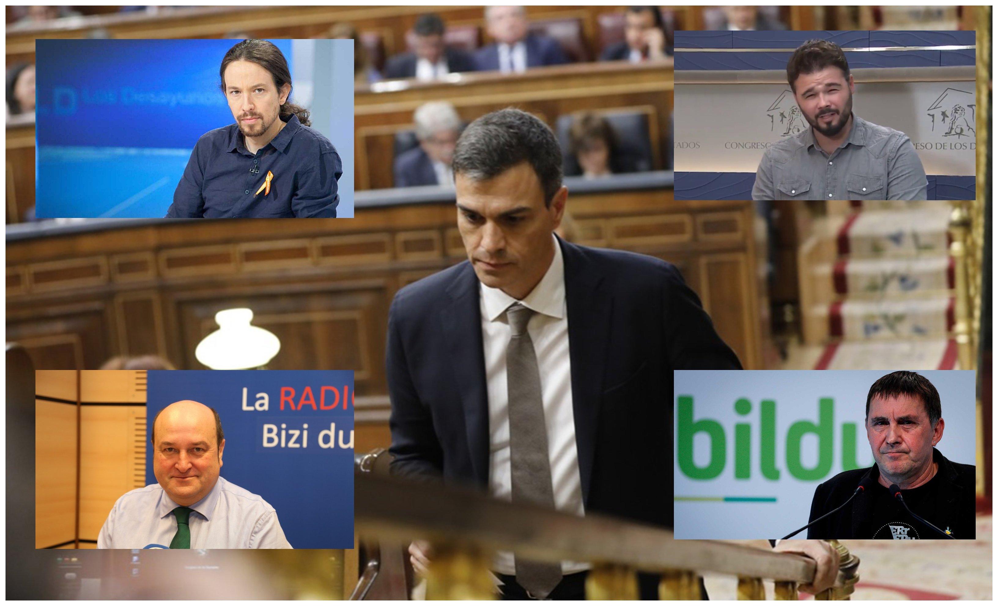 Sánchez rodeado de los representantes de los partidos que apoyaron la moción de censura a Rajoy en junio de 2018
