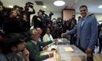 Pedro Sánchez acude a votar