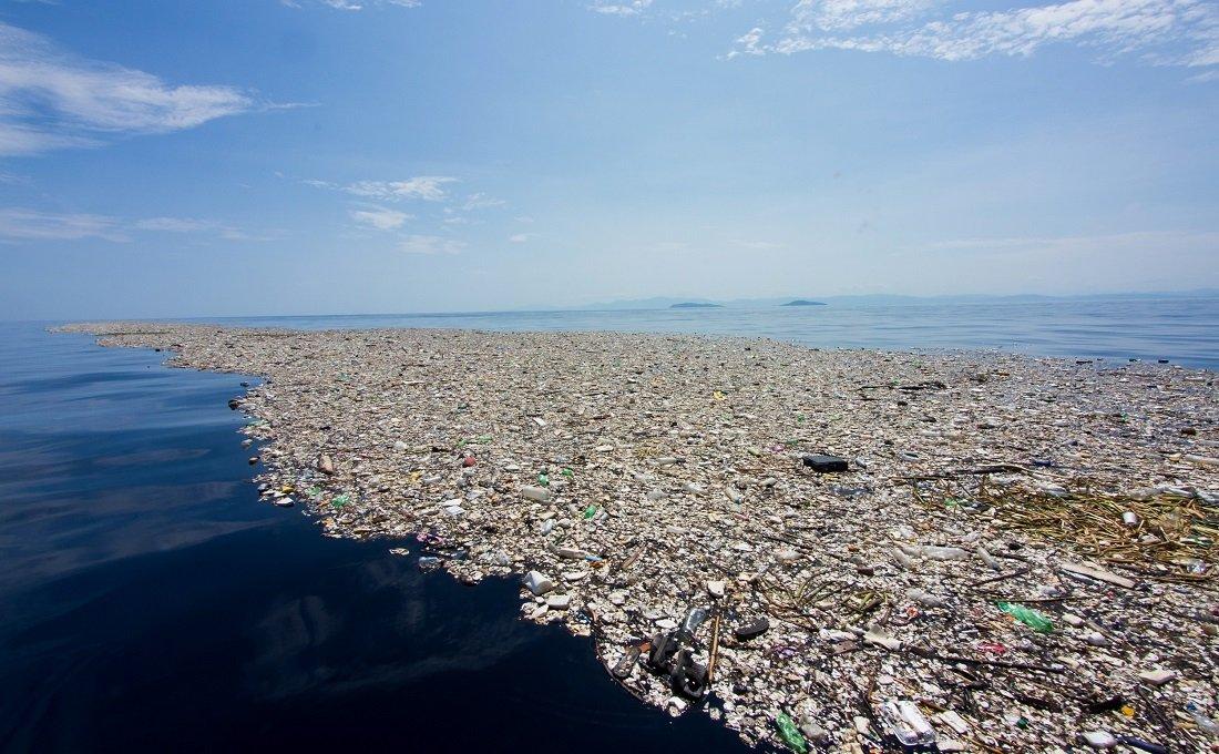 Un camión de plásticos por minuto acaba en el mar, del que sólo el 3% de la superficie está protegida