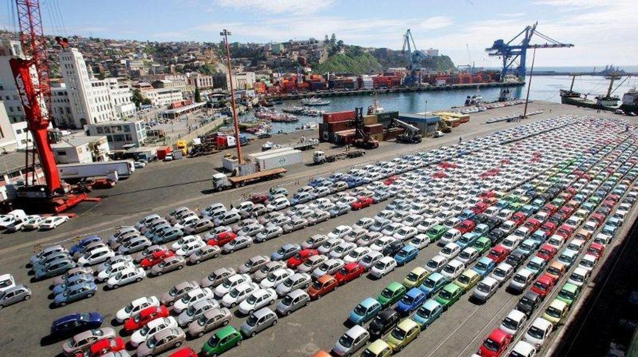 Mal dato: el déficit comercial hasta septiembre alcanzó los 25.446 millones de euros, un 5,2% más