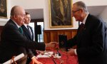 El rey Juan Carlos, en su último acto oficial el pasado 17 de mayo: la entrega del Premio Órdenes Españolas 2019 al historiador Miguel Ángel Ladero.