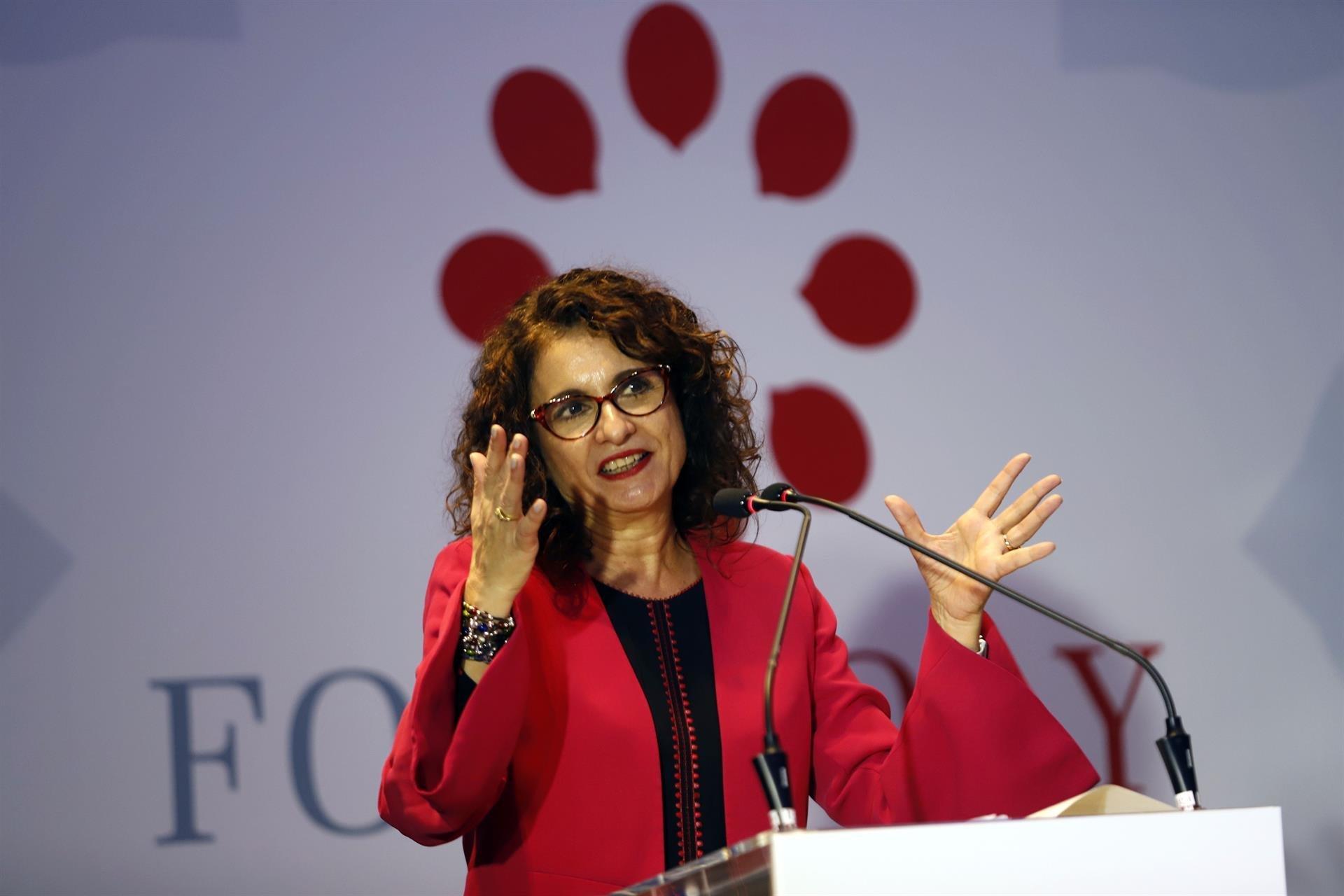 La ministra de Hacienda, María Jesús Montero, ha prometido que, si gana el PSOE, la subida de las pensiones será mayor al actual 0,25%