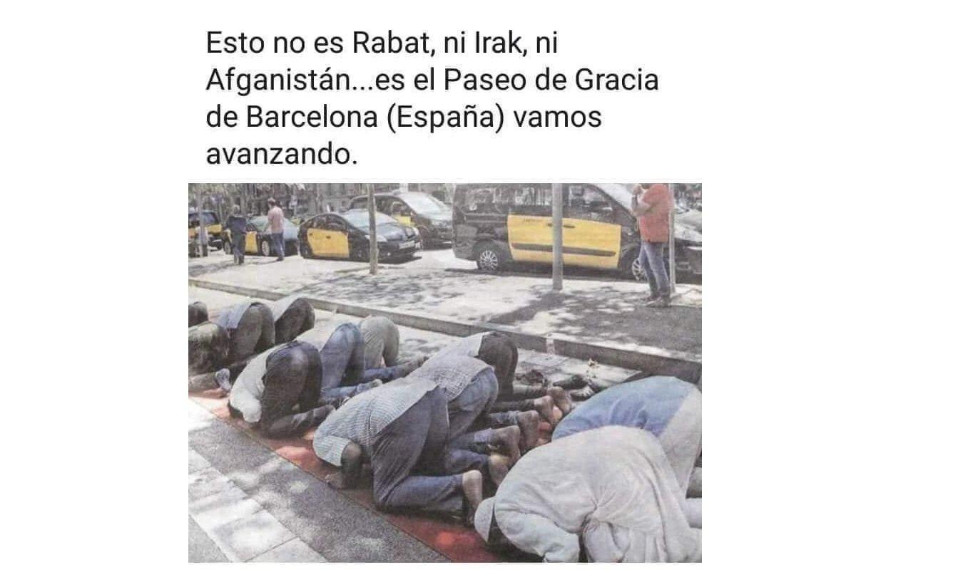 Musulmanes rezando en España