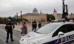 Asesinato múltiple en una comisaría de París