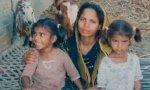 Asia Bibi con dos de sus hijos