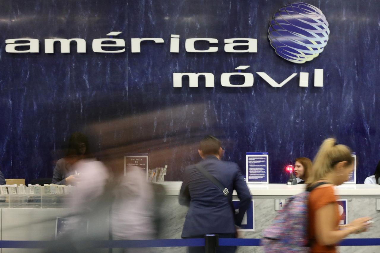 El gigante Slim se estanca: América Móvil repite ingresos en el tercer trimestre