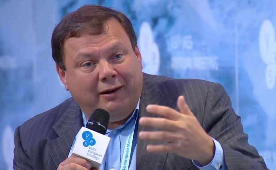 Mikhail Fridman controla casi el 70% de la cadena de supermercados DIA