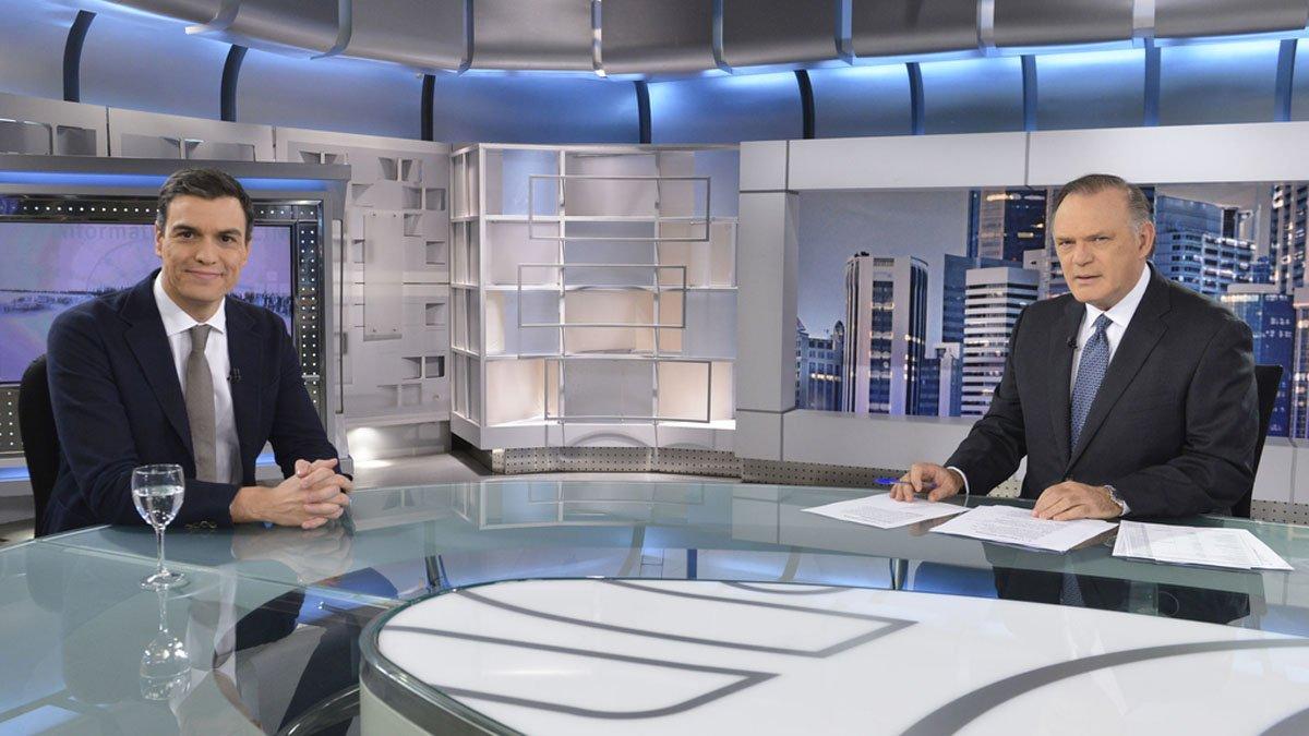 Los sondeos del 10-N nos llevan a la gran coalición entre Pedro Sánchez y Pablo Casado, pero Sánchez no quiere ceder