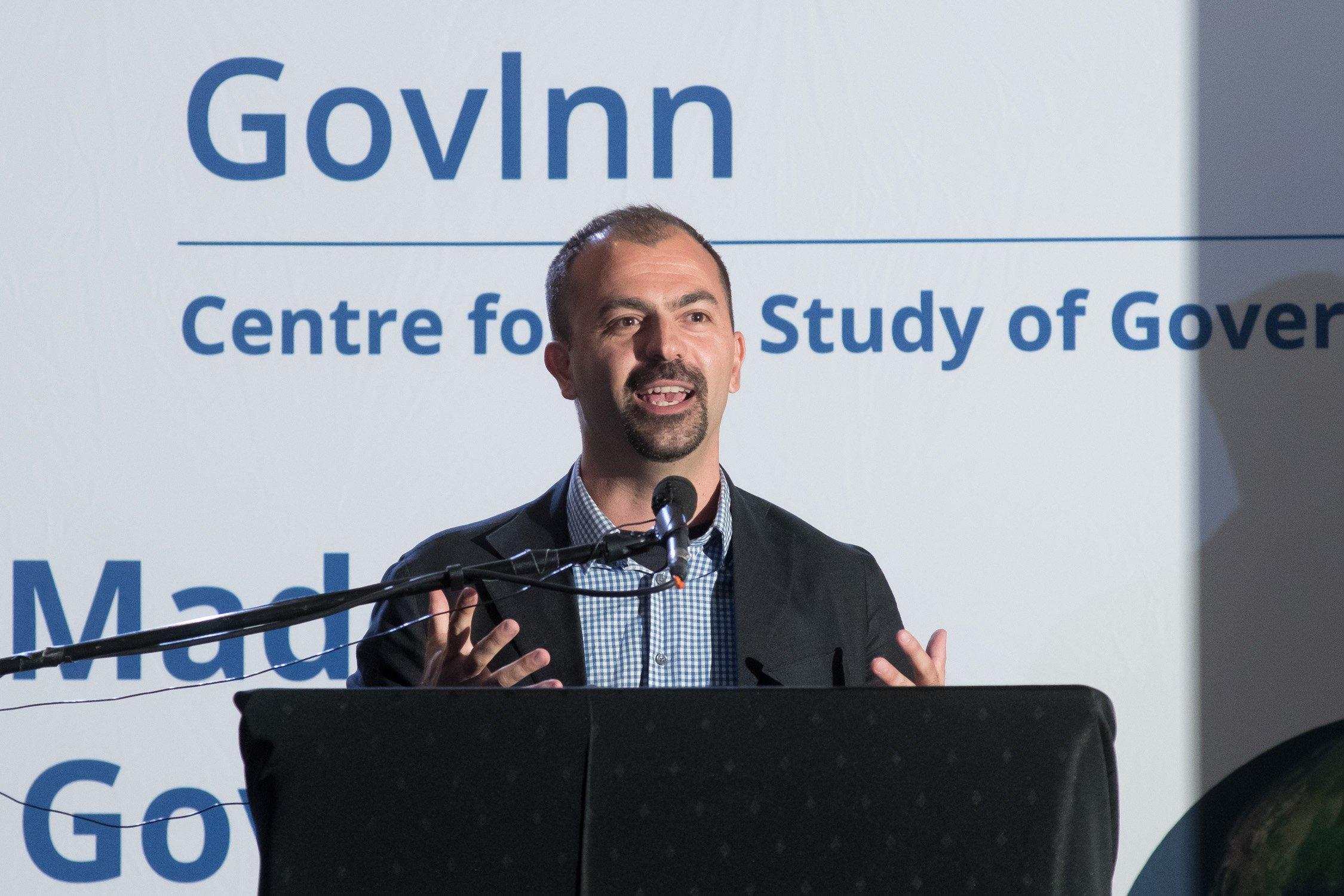 Dimite por falta de medios el ministro de Educación italiano, Lorenzo Fioramonti, el hombre que quiso imponer la asignatura sobre cambio climático … ¡Bien!