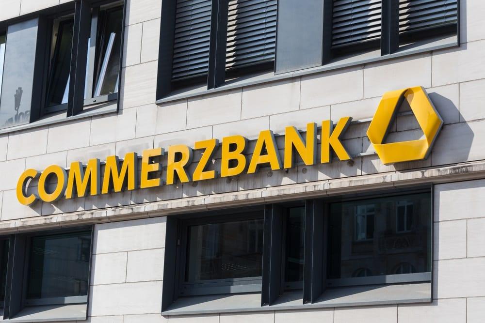 El desastre bancario alemán. Commerzbank ganó 644 millones de euros en 2019, un 25,3% menos, por gastos de reestructuración e impuestos más elevados