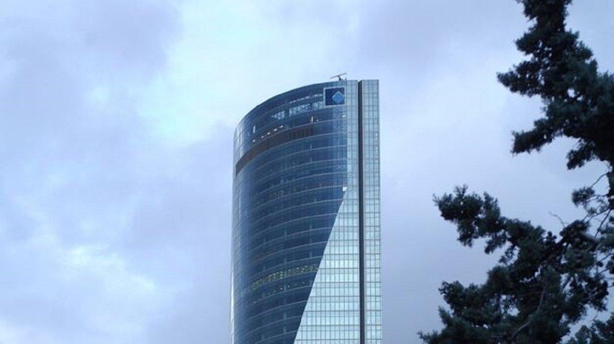 Torre Espacio, sede de Grupo Villar Mir y de OHL