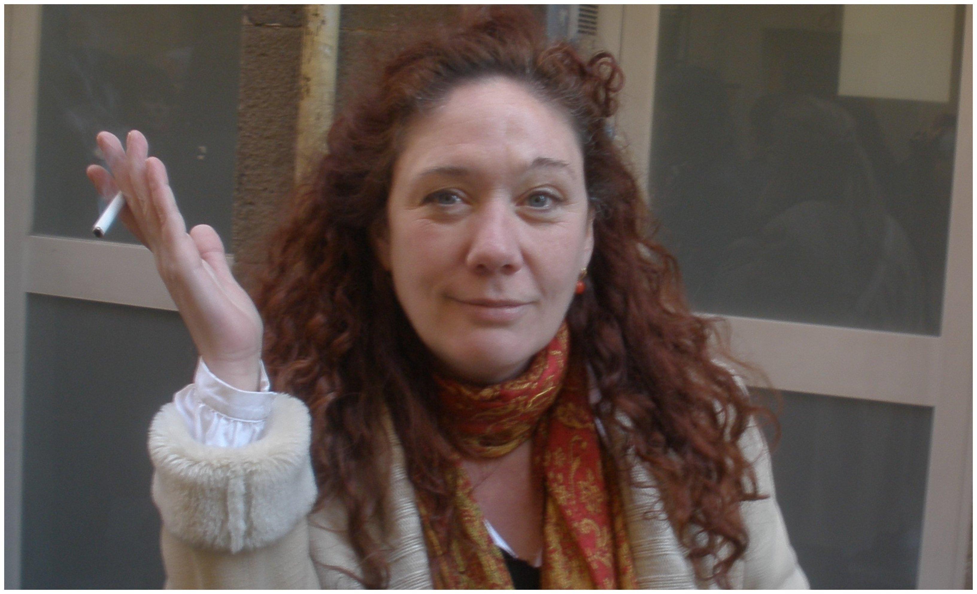 """Cristina Fallarás a los votantes de Vox (3,6 millones): """"Así os cierren las puertas de colegios, de ambulatorios, de tratamientos públicos en hospitales"""""""