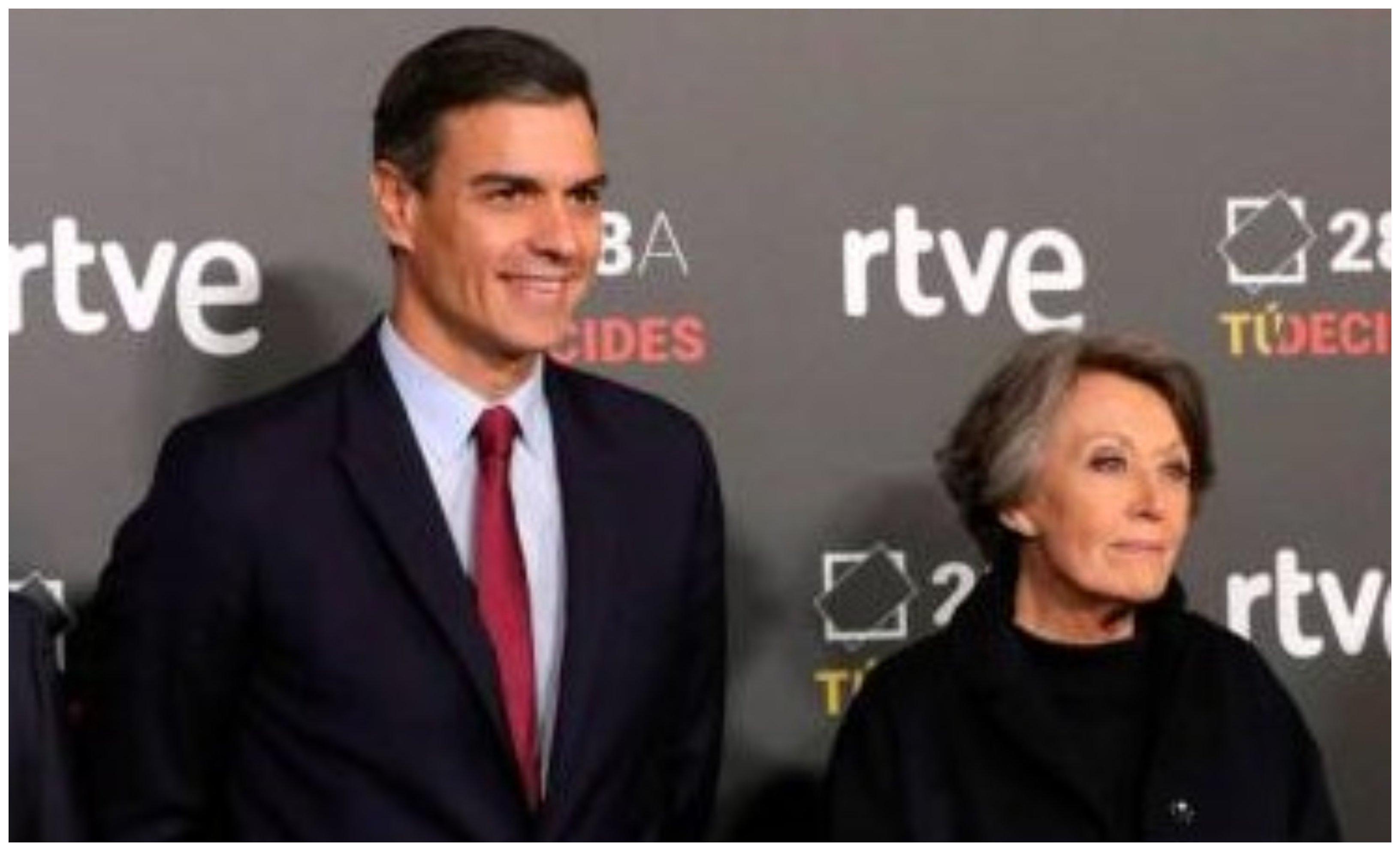 Pedro Sánchez y Rosa María Mateo