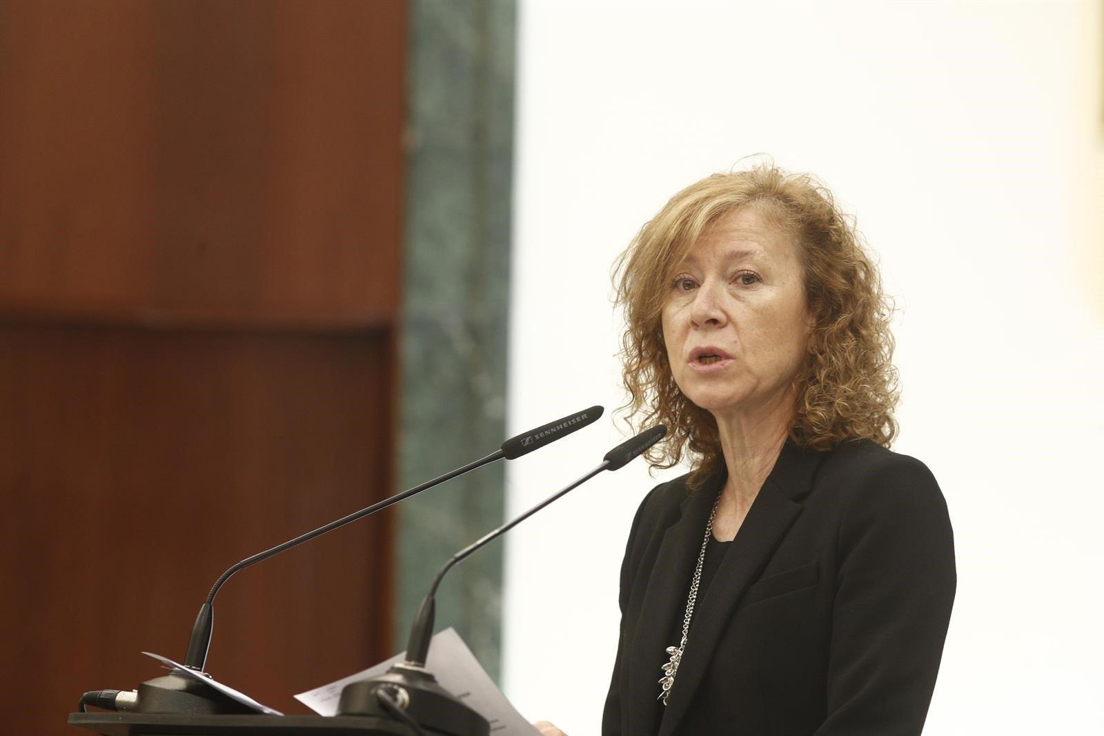 Fusiones bancarias. Margarita Delgado vuelve a la carga: la banca pequeña no es rentable