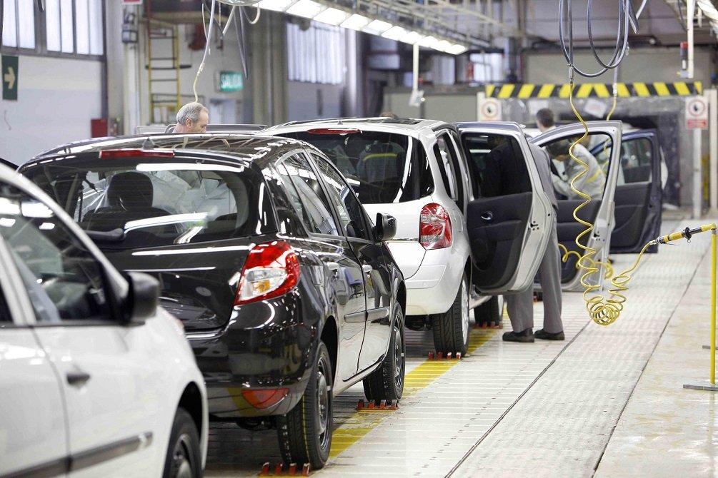 La producción de coches presenta su mejor octubre desde 2007