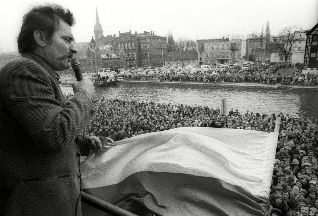 Lech Walesa y el movimiento solidaridad que ayudó a terminar con el comunismo en Polonia