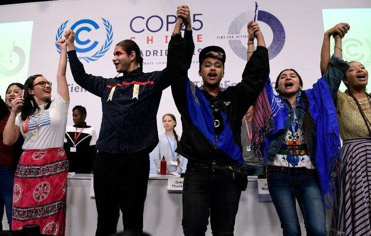 Greta y activistas indígenas en la COP25