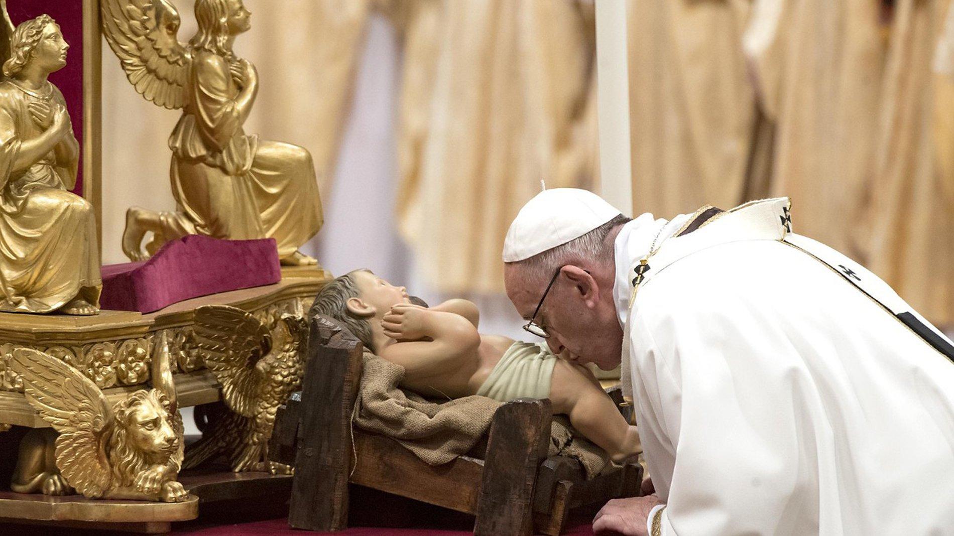 Misa del Gallo. Papa Francisco: al hombre sólo se le exige gratitud