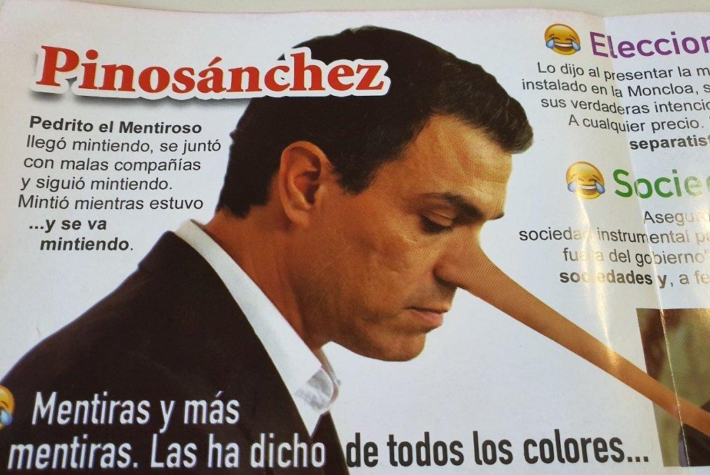 Publicidad que apareció en León a finales de octubre, en la última campaña electoral, con Sánchez como Pinocho