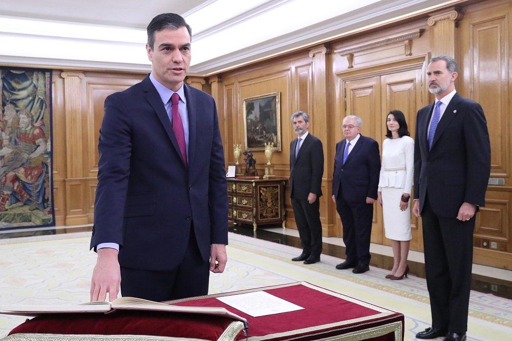 Sánchez promete su cargo como nuevo presidente del Gobierno