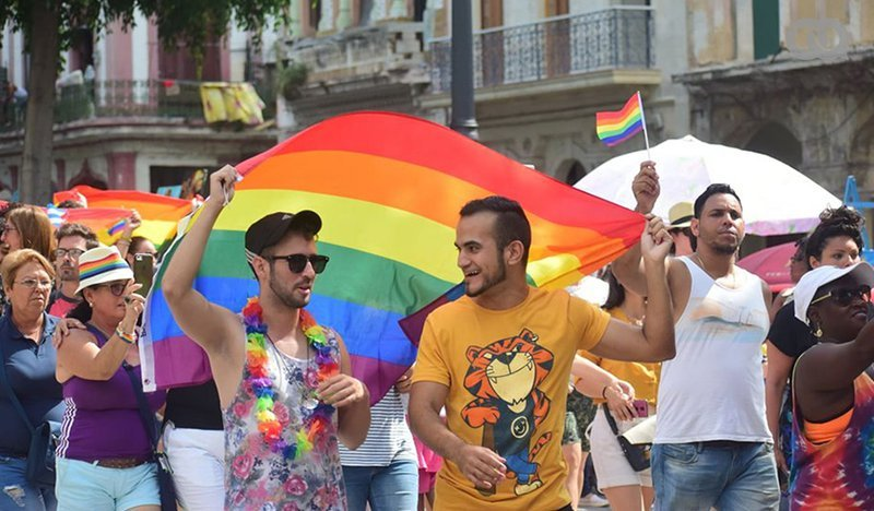 Irlanda del Norte cede ante el Nuevo Orden Mundial: entra en vigor el matrimonio homosexual