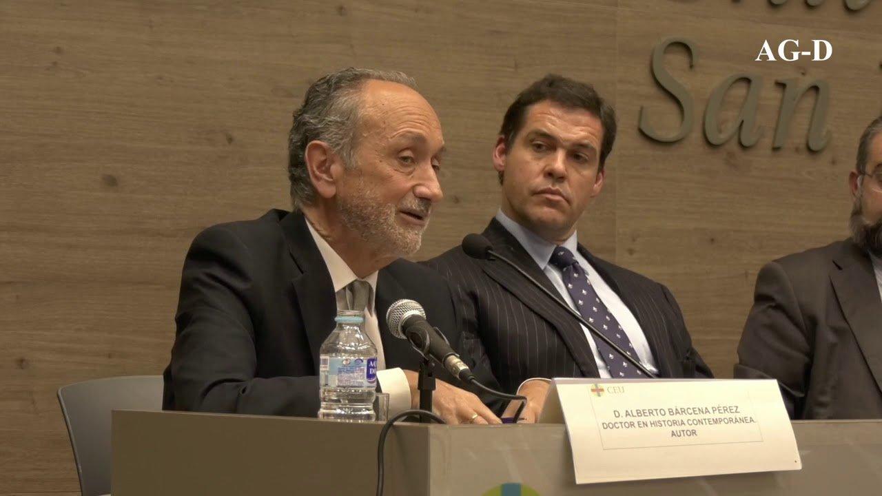 Presentación de 'La España perdida', de Alberto Bárcena, en el CEU