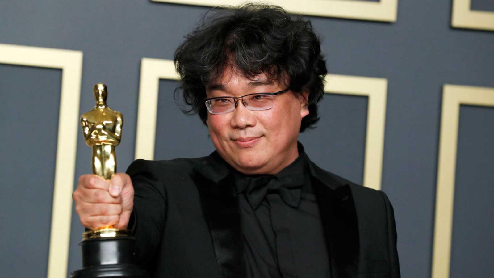 Bong Jong Ho director de 'Parásitos', la ganadora de un Óscar