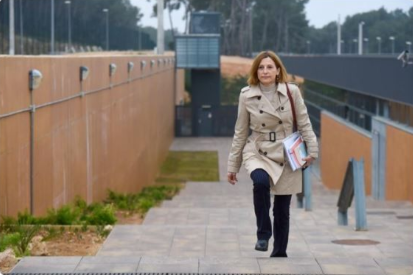 Carmen Forcadell sale de prisión