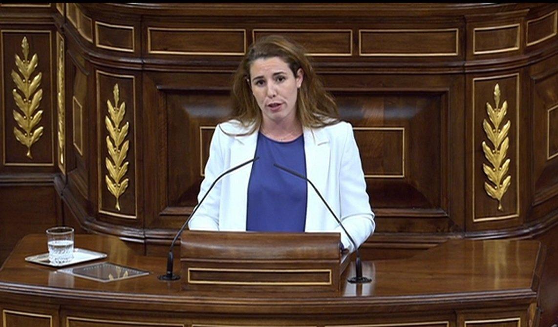 Rocío de Meer, diputada de Vox por Almería, defiende la familia natural y las ayudas a la maternidad