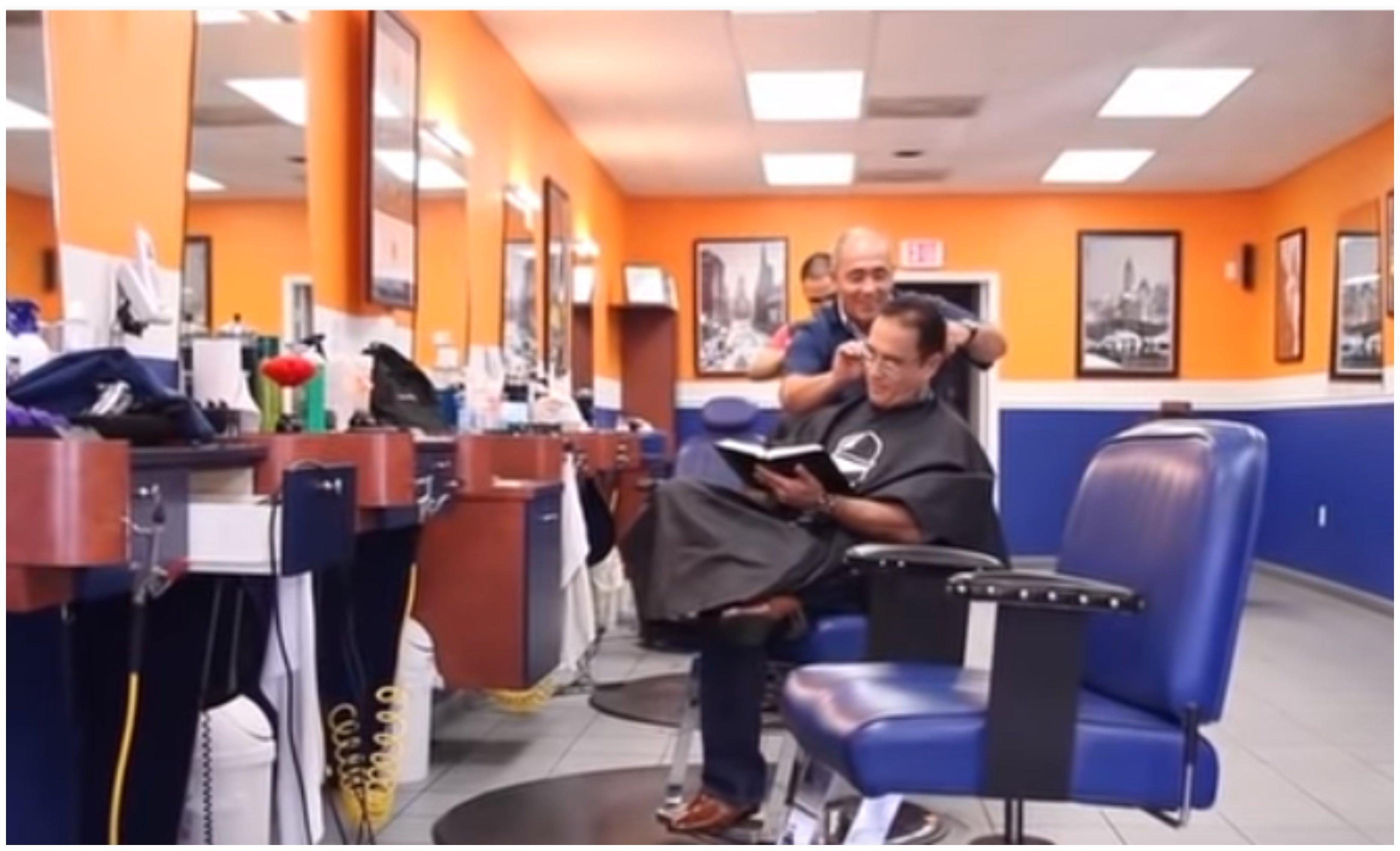 Dios no existe... y los barberos tampoco
