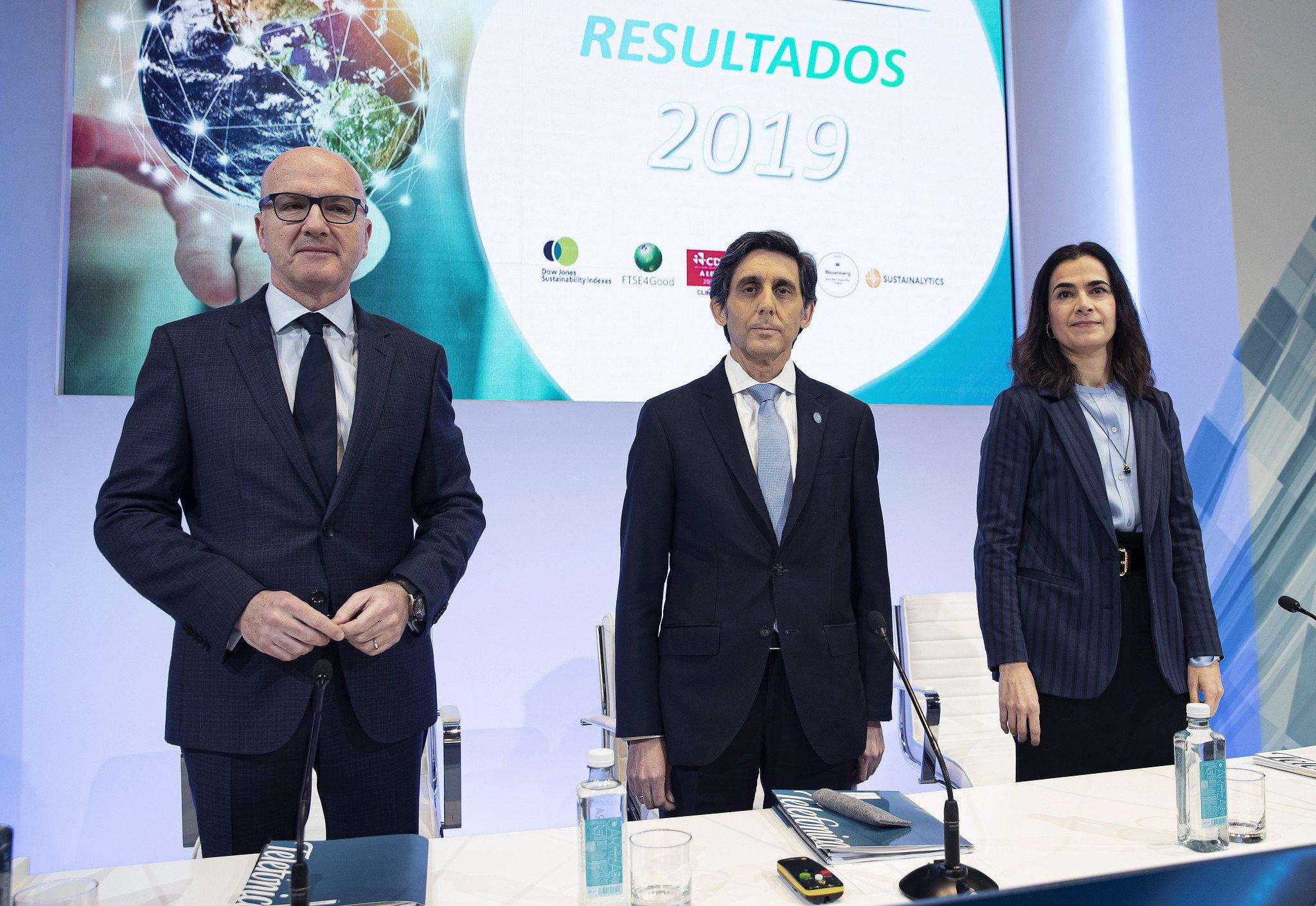 Ángel Vilá, José María Álvarez Pallete y Laura Abasolo, en la presentación de resultados de 2019