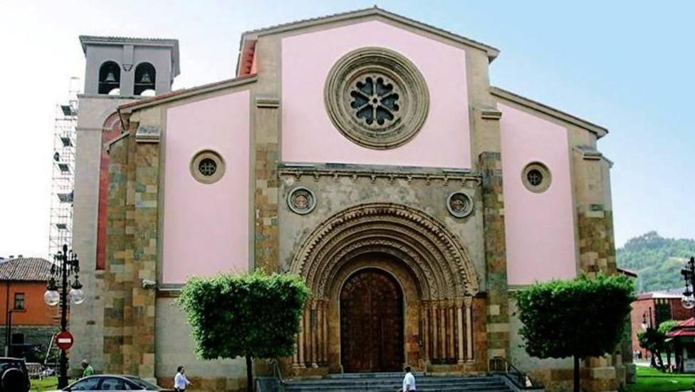 parroquia de San Pedro en La Felguera (Langreo, Asturias)