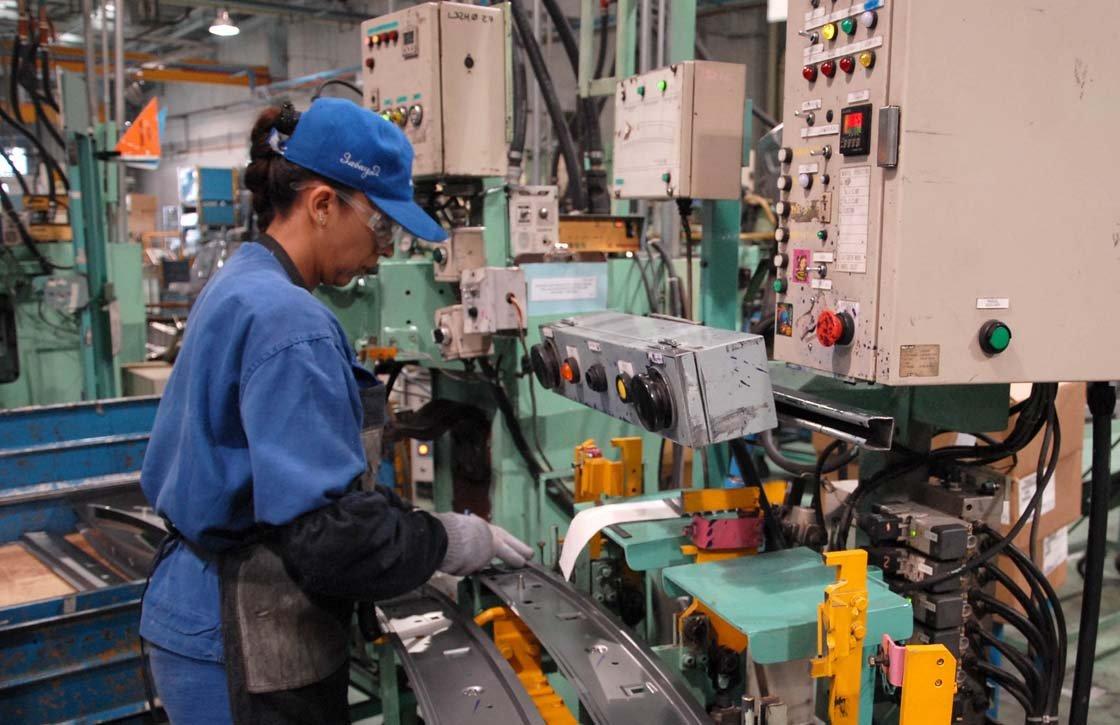 La facturación empresarial crece un 0,3% en enero en tasa anual y un 0,6% en tasa mensual