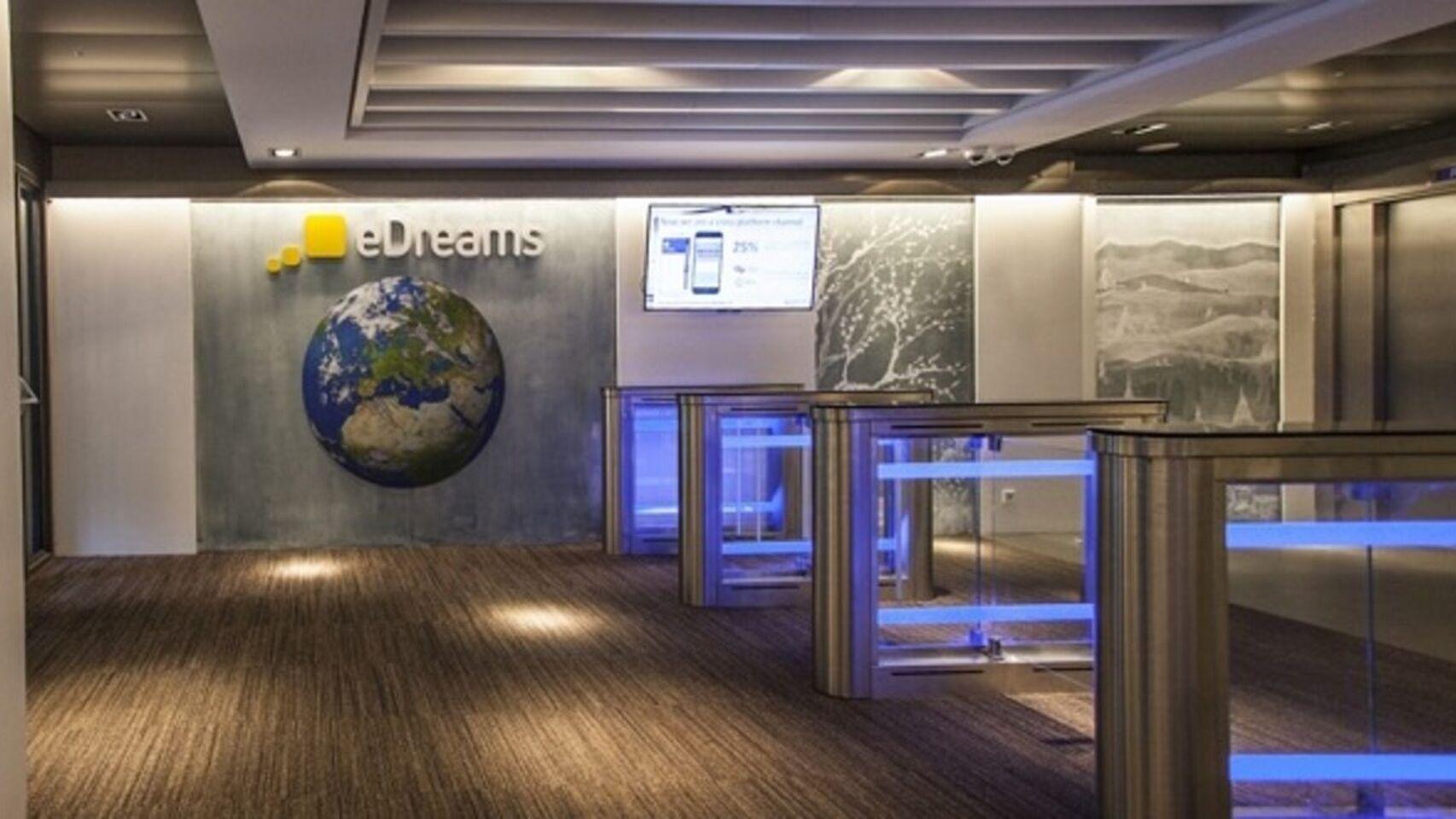 Los viajes se contratan por internet: eDreams ganó 29,4 millones en los nueve primeros meses de su ejercicio fiscal, frente a las pérdidas de 9,4 millones del año anterior