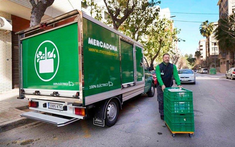 Mercadona apuesta por el transporte sostenible para sus repartos 'online'