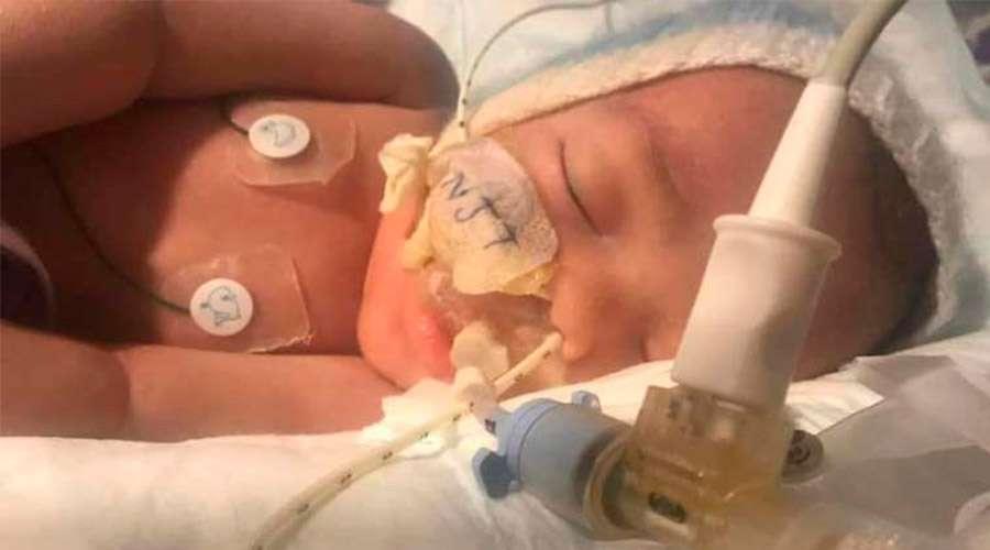 Midrar Ali, el bebé de cuatro meses desconectado en Reino Unido contra la voluntad de sus padres