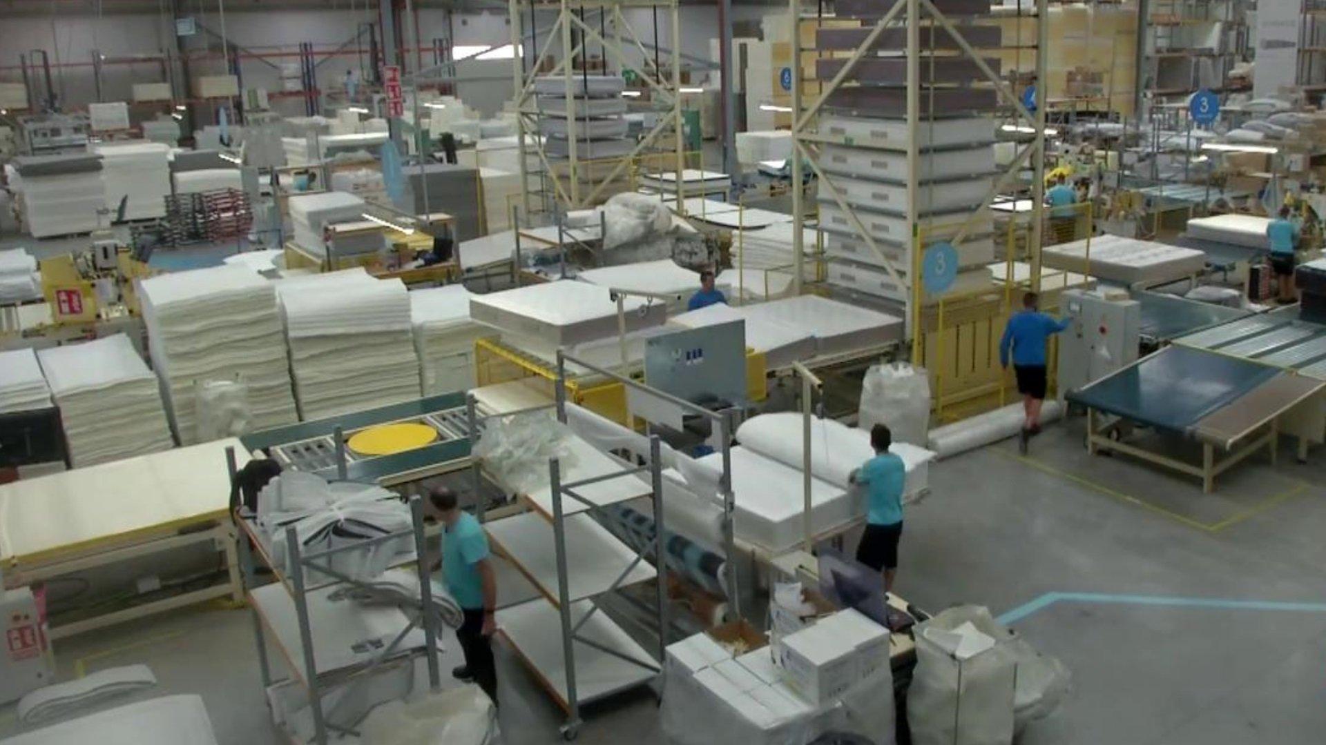La facturación de la industria cae un 1,1% en enero en tasa anual... y antes del 'tsunami'