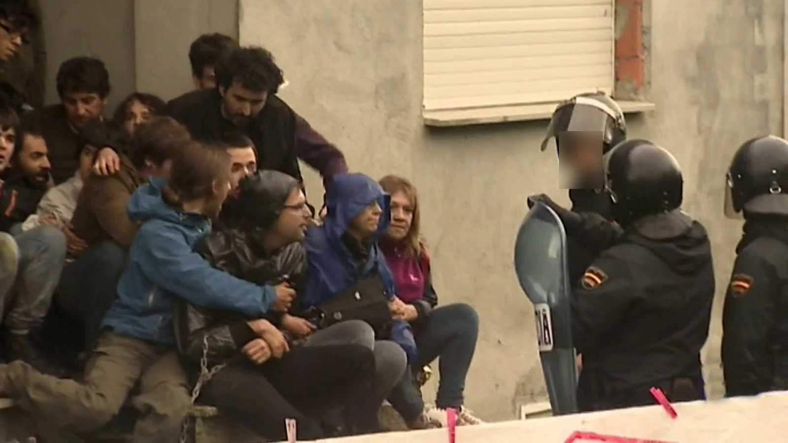 Esto es España... y Cataluña: aprobada en el Parlament una ley que avala la ocupación ilegal