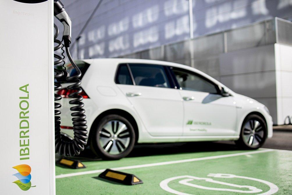Para el despliegue del coche eléctrico es imprescindible el de la infraestructura de recarga