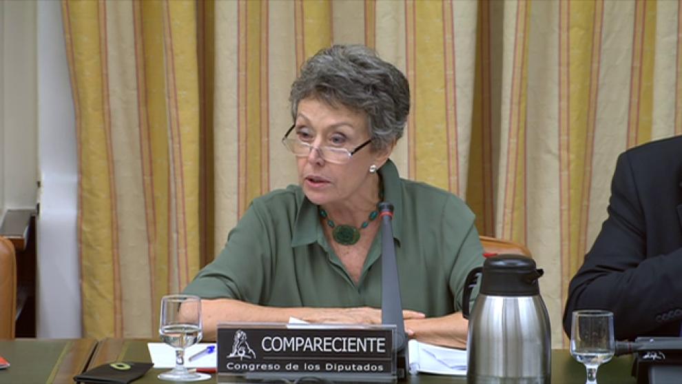"""RTVE. Rosa María Mateo no abandona el sillón... """"por responsabilidad"""""""