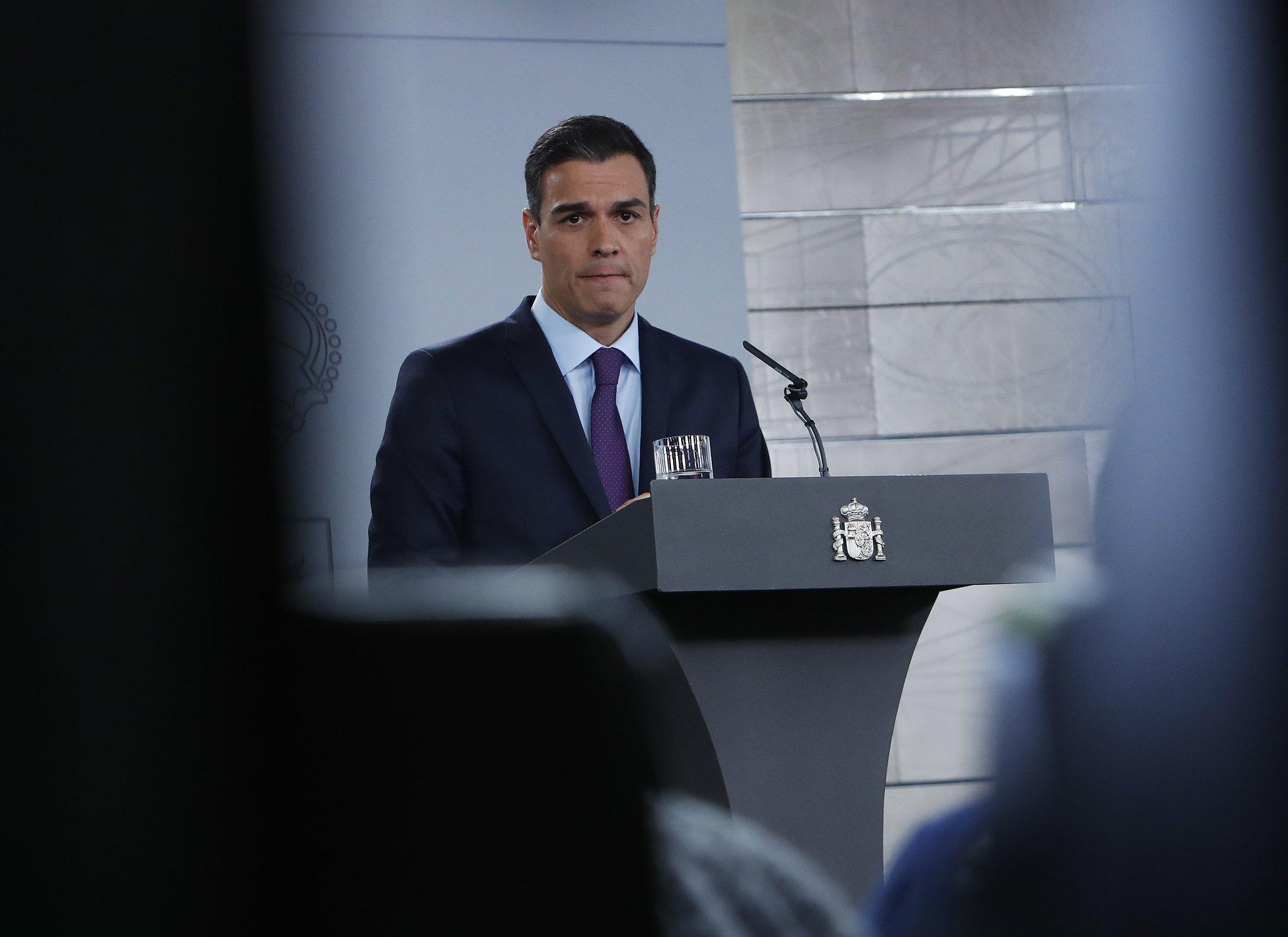 Vuelve el plasma, ahora con Pedro Sánchez: la rueda de prensa del Consejo de Ministros será telemática