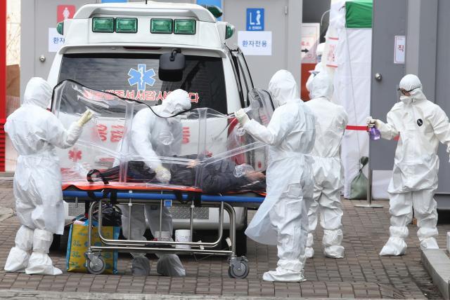 ¿Cuándo se replanteará el Gobierno si recluir a la gente en su hogar vence al coronavirus?