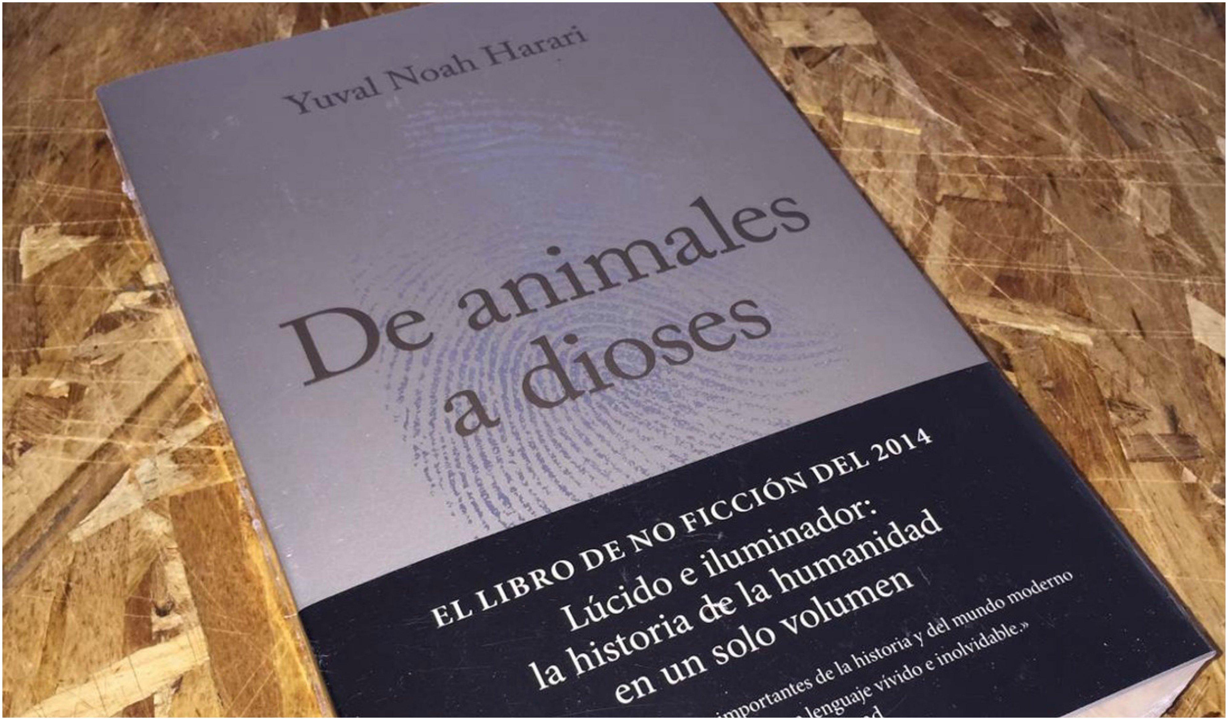 'De animales a dioses'