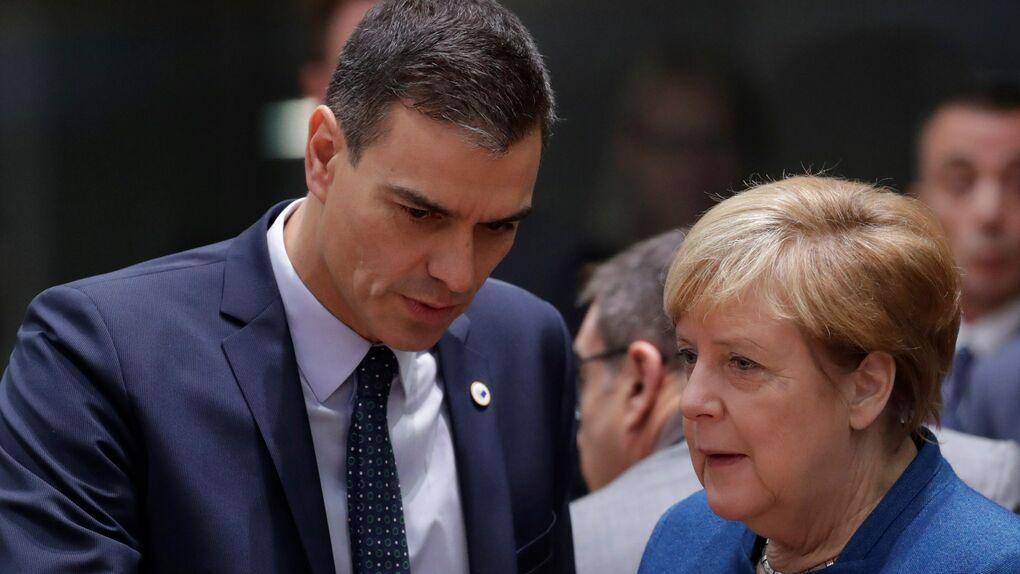 Pedro Sánchez  y Ángela Merkel en una de las últimas cumbres europeas