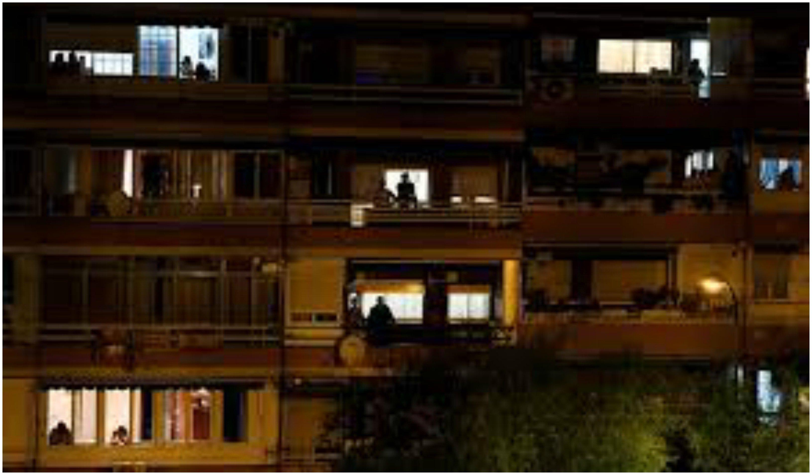 Españoles cantando desde sus balcones