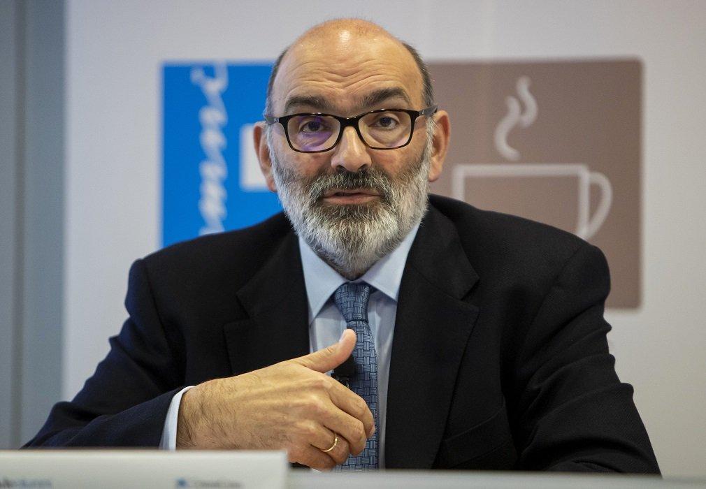 Fernando Abril-Martorell preside Indra desde enero de 2015... y el PSOE lo ha mantenido