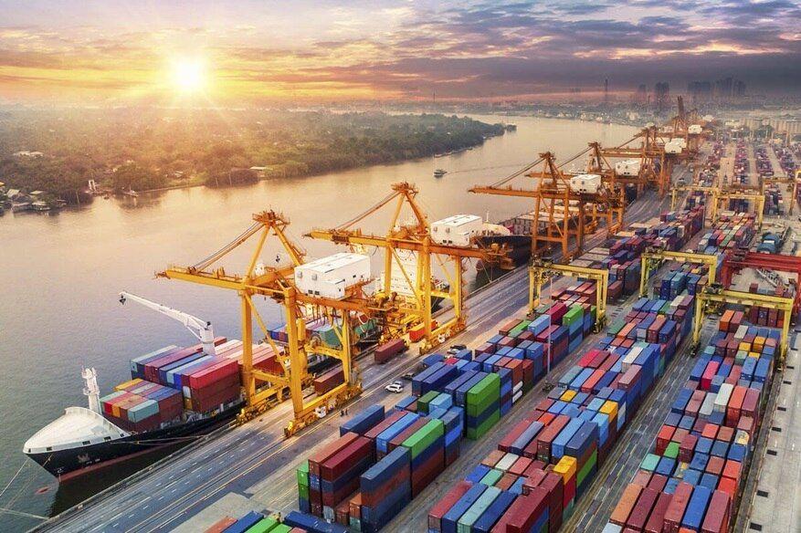 Los precios de exportación caen un 0,2% en febrero en tasa anual y los de importación, un 1,4%