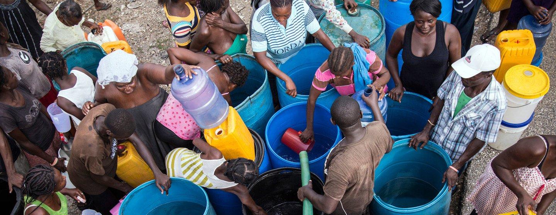 El acceso al agua potable y al saneamiento no está garantizado para millones de personas